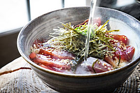 鲜肉海苔紫菜芝麻开水泡饭食材配料高清摄影照片图片图片