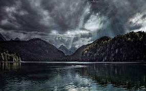 景观,湖,森林,秋季,云,太阳光线,山,德国,黑暗,水250481